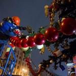Монтаж новогодних украшений