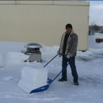 Очистка й прибирання снігу з дахів