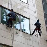 Мийка вікон і скляних фасадів